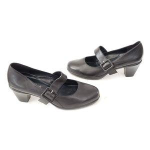 Umberto Raffini Leather Heels w buckles Size 41